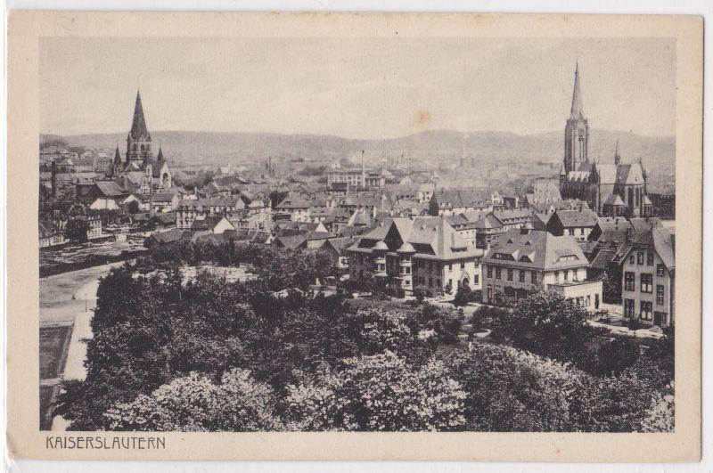 AK Kaiserslautern Teilansicht mit zwei Kirchen ungelaufen