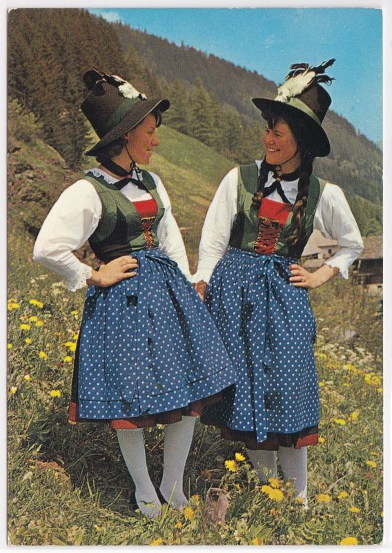 AK Mädchentrachten aus dem Stubaital Tirol ungelaufen