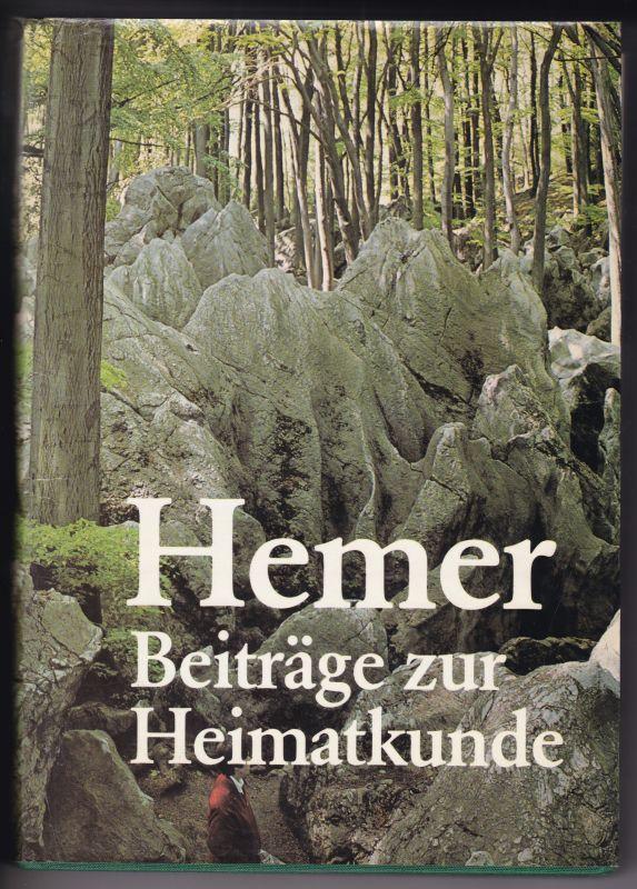 Hemer - Beiträge zur Heimatkunde - Redaktion: Heinz Störing - herausgegeben vom Bürger- und Heimatverein Hemer e.V. - zweite Auflage 1980. Inhalt u.a.: Erdgeschichte, Naturkunde, Vor- und Frühgeschichte, Ortsgeschichte, Wirtschaftsgeschichte, Bau- und ...