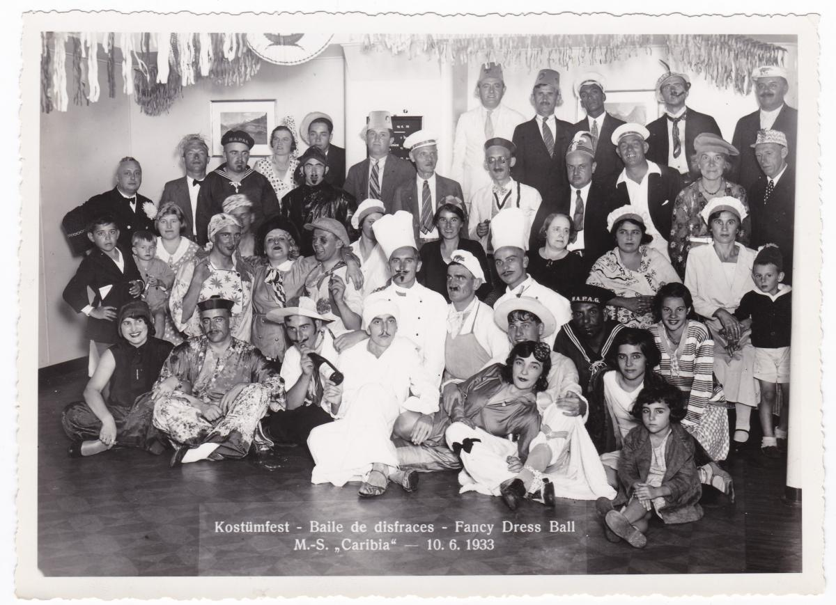 HAPAG Foto Kostümfest MS Caribia 1933 Baile de disfraces Fancy Dress Ball 0
