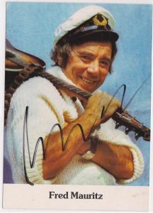 Autogrammkarte Fred Mauritz signiert, Der singende Seemann, umseitig Diskographie