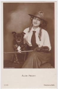 AK Alice Hechy mit Hund, Bildnis von A. Binder Berlin, ungelaufen