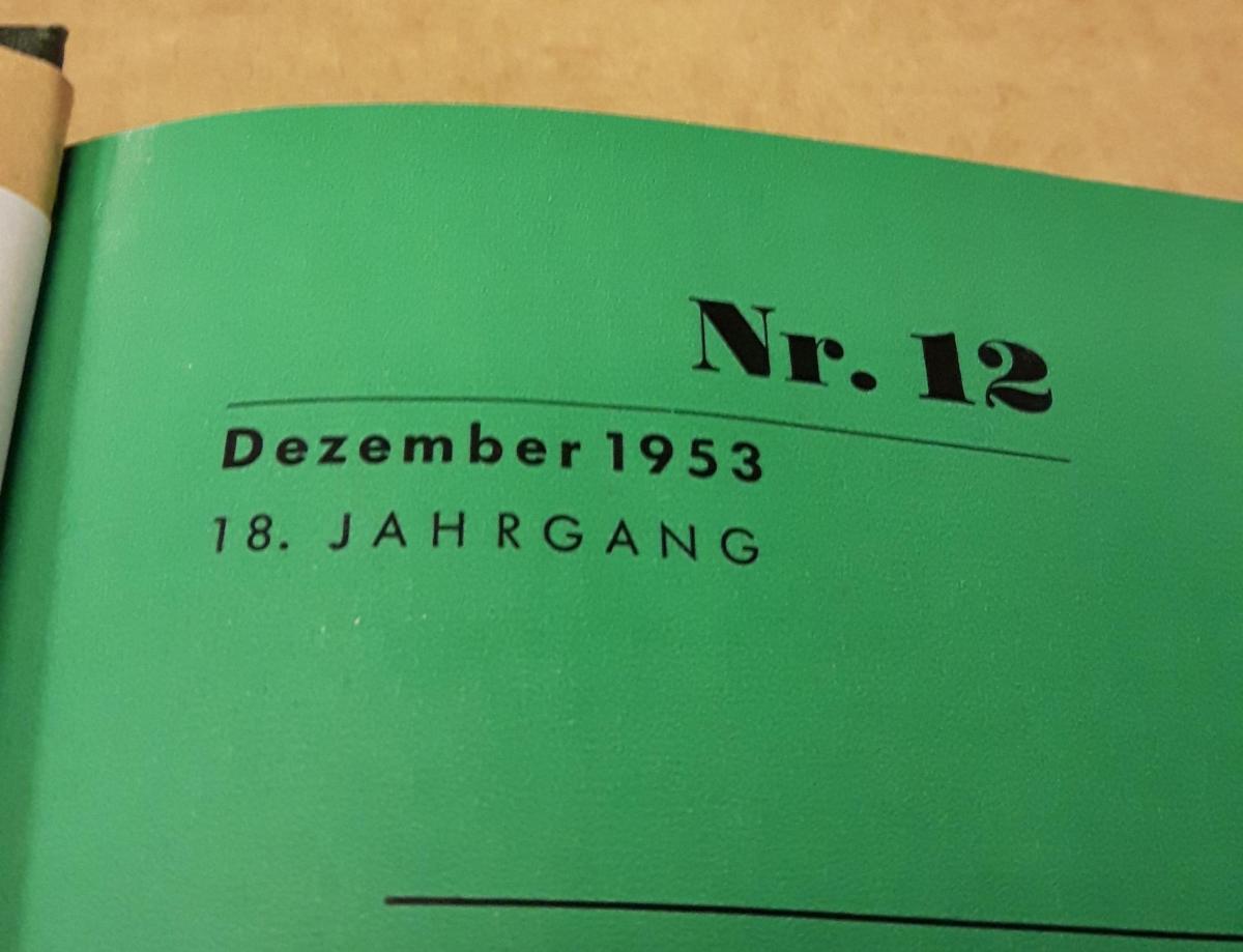 Die Harmonika - Monatsschrift für die Freunde der Harmonika / 18. Jahrgang 1953 KOMPLETT (10 Einzelhefte) in der Original HOHNER-KLEMM-SAMMELMAPPE (Kl. SaMa 1) vorhanden - Die einzelnen Zeitschriften sind reich bebildert und zeittypisch im Stil der 195... 2