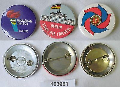 3 x DDR Anstecker Plaketten Abzeichen FDJ Fackelzug usw. (103991)