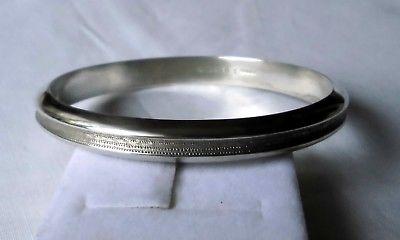 Eleganter alter Armreifen Silber 800 Handarbeit mit Muster (113678)