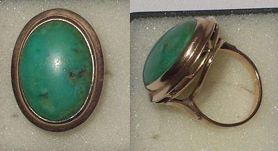 Grosser Damen Ring 585er Gold mit gruenem Stein um 1930