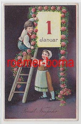 24867 geprägte Ak Prosit Neujahr: Kinder befestigen Girlande am Kalender 1911