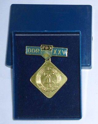 DDR Orden FDJ Initiative DDR 25 im Originaletui (100987)