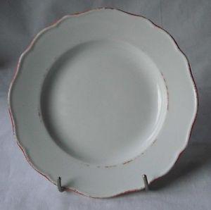 Meissen Porzellan schöner Teller mit rotem Rand (113369)