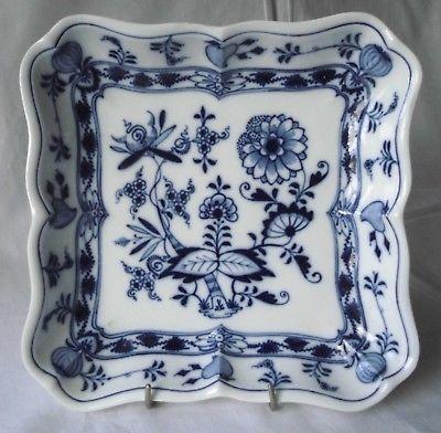 Meissen Porzellan Zwiebelmuster schöne, quadratische Schale Knaufzeit (113984)