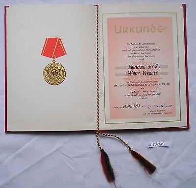 DDR Urkunde Medaille für 20 Jahre treue Dienste Ministerium des Innern (114098)