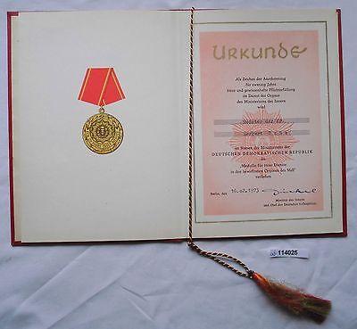 DDR Urkunde Medaille für 20 Jahre treue Dienste Ministerium des Innern (114025)