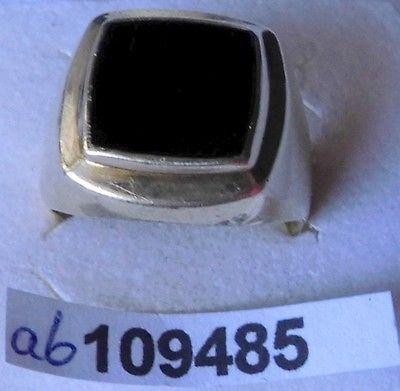 Goldener Herren Ring 585er Gold mit schwarzem Stein (109485)