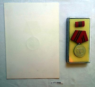 DDR Verdienstmedaille der Zollverwaltung in Silber im Etui + Urkunde (113656)