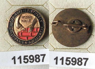 Lackierte DDR Aufbaunadel Bezirk Halle in Bronze (115987)