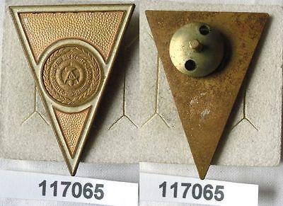 DDR Absolventenabzeichen für eine zivile Hochschule oder Universität (117065)