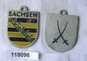 Seltenes Blech Abzeichen der Volkssolidarität Sachsen  (118096)