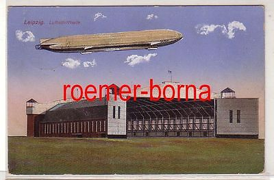 02395 Ak Leipzig Luftschiffhalle mit Zeppelin 1916