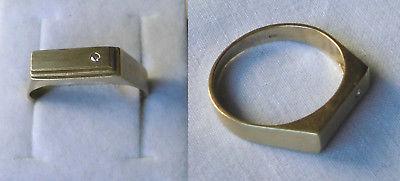 Eleganter Herrenring 333er Gold mit kleinem Diamanten (117718)
