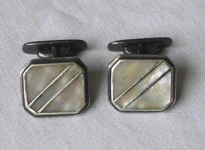 Schönes altes Paar Manschettenknöpfe aus 835er Silber Perlmutt (117515)