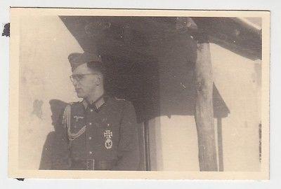 71867 Original Foto Landser mit Eisernem Kreuz 1.Klasse, Infantriesturmabzeichen