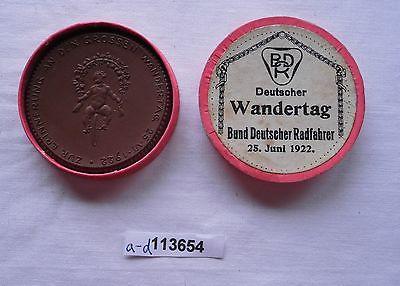 Porzellan Medaille zur Erinnerung an den grossen Wandertag 25. VI.1922 (113654)
