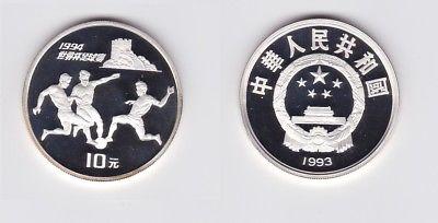 10 Yuan Silber China 1993 Fussball WM 1994, 3 Fussballspieler (123204)