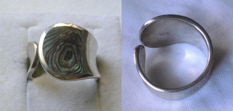 Extraordinärer 925er Sterling Silber Ring mit türkis schimmerndem Stein (115253)