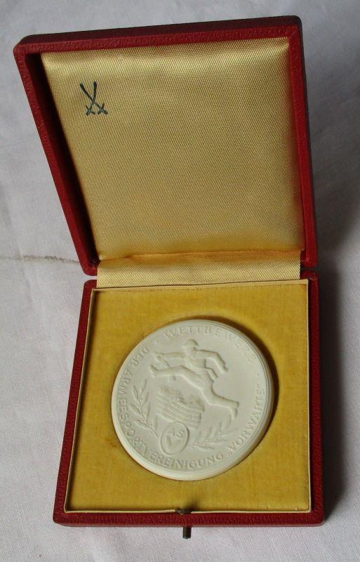 DDR Porzellan Medaille ASV Bester Sportler der Armeesportvereinigung (113739)