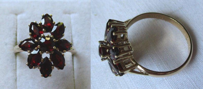 Wundervoller 333er Gold Ring Damenring 9 Granate Granatschmuck (124629)