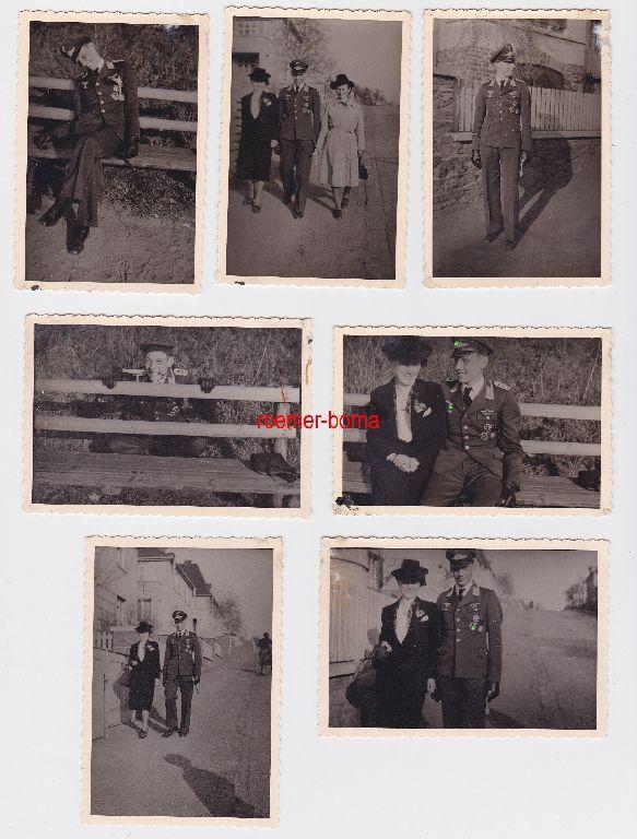 76118/7 Foto Oberfeldwebel der Luftwaffe mit vielen Orden