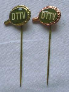 2 DDR Ehrennadeln Tischtennis Verband Gold und Bronze (112025)