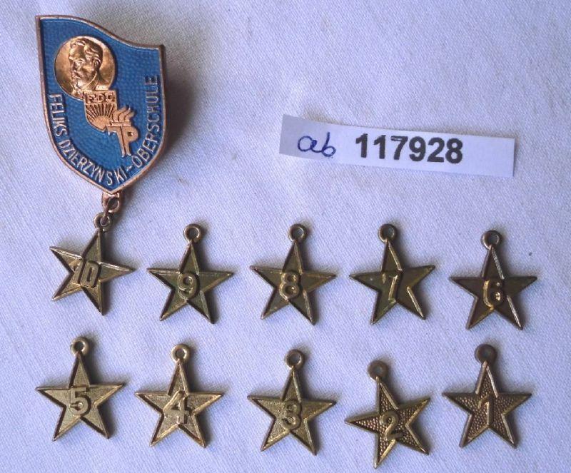 DDR Abzeichen Feliks Dzierzynski Oberschule mit 10 Anhängern  (117928)