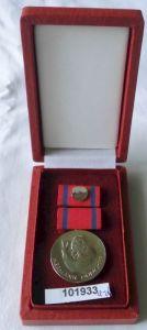 Seltene DDR Hermann Duncker Medaille des FDGB im Original Etui (101933)