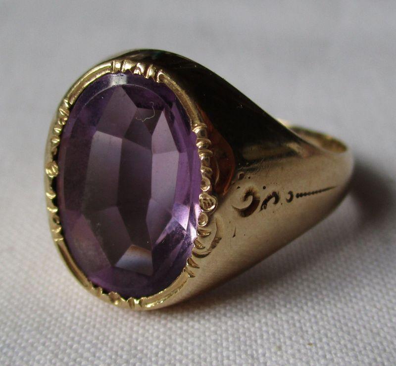 Dekorativer 585er Gold Ring Damenring Siegelring mit violettem Stein (110509)