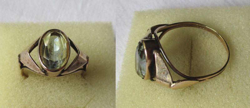 Dekorativer 333er Gold Ring Damenring mit blaßgrünem Stein (115668)