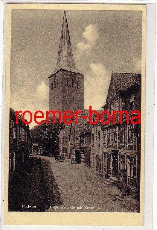 69462 Ak Uelzen Pastorenstraße mit Kirchturm um 1920 0
