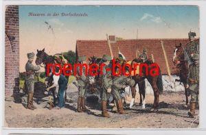 81743 Feldpost Ak Husaren in der Dorfschmiede 1915