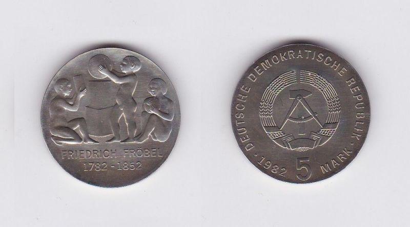 DDR Gedenk Münze 5 Mark Friedrich Fröbel 1982 (120137)