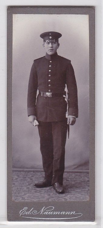 91787 Kabinett Foto Meerane Soldat mit langem Bajonett & Portepee um 1910