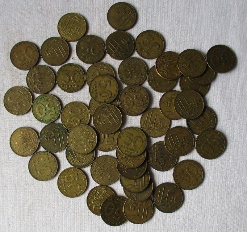 DDR: 50 x 50 Pfennig Messing Münzen alle von 1950 !!! (118841)