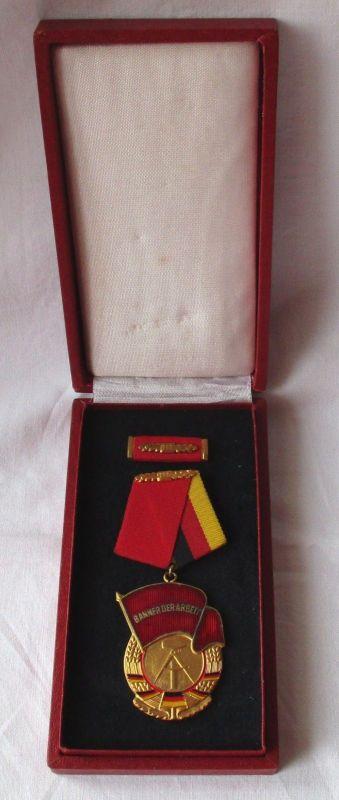 DDR Orden Banner der Arbeit Stufe II im Original Etui (101219)