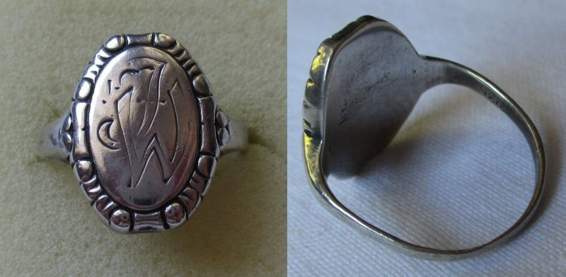 Eleganter Ring aus 835er Silber Siegelring mit Monogramm ML (120330)