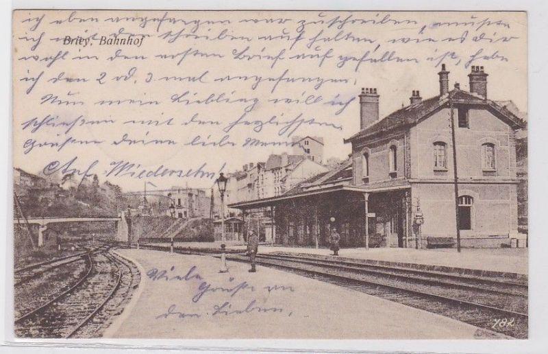 90825 Feldpost Ak Briey Bahnhof 1917