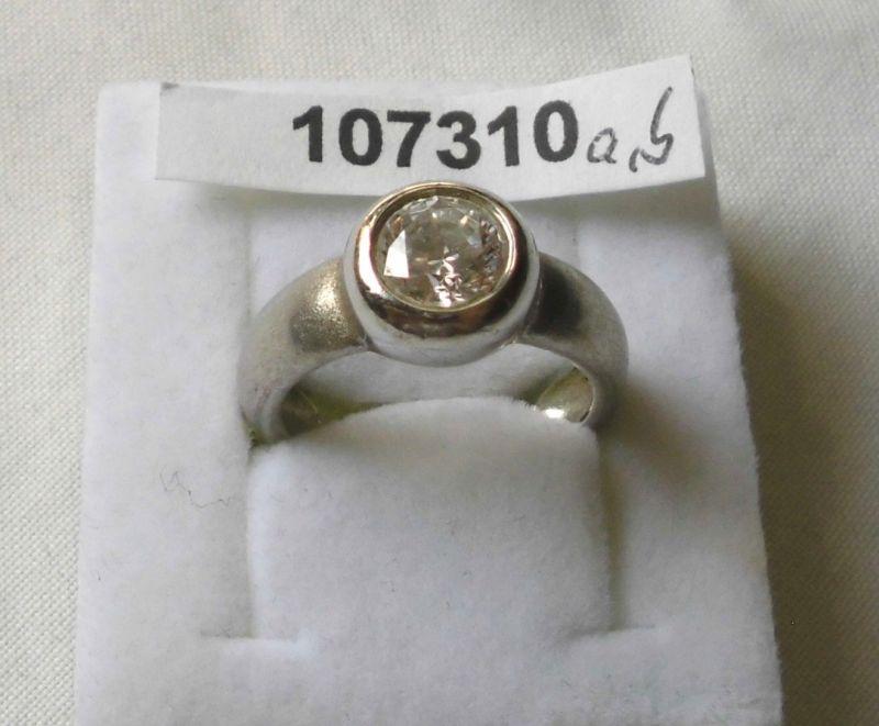 Aparter Damen-Ring Silber 925 matte Oberfläche mit farblosem Stein (107310)