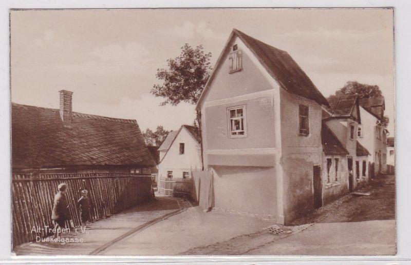 91986 Ak Alt-Treuen im Vogtland Dunkelgasse um 1920 0
