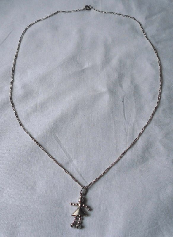 Hübsche Kette aus 835er Silber, Gliederfigur Anhänger 925er Silber (103060)