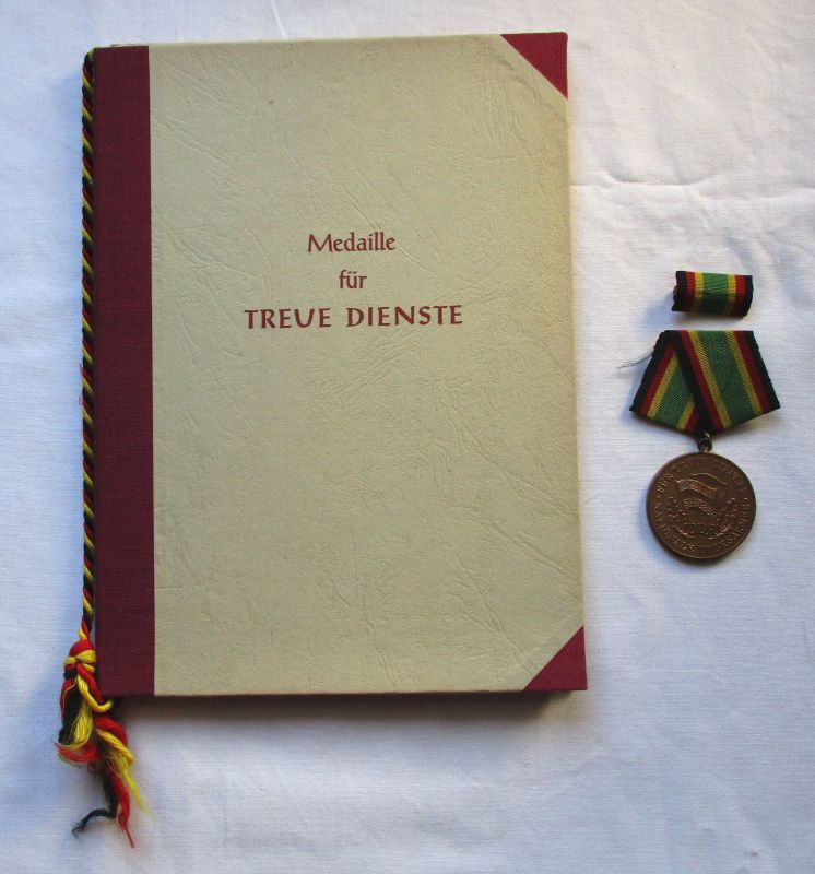DDR Medaille NVA für treue Dienste Bronze Urkunde Minister Stoph 1957 (126086)