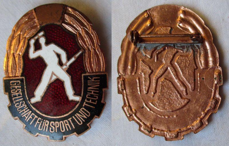 Altes emailliertes DDR Mehrkampfabzeichen der GST in Bronze (126361)