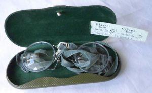 Seltene Gasmasken bzw. Militärschutzbrille im Originaletui um 1940 (111975)